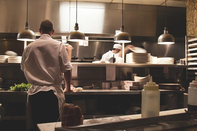 5 טיפים להתנהלות חלקה של עבודה כטבח בהוסטל